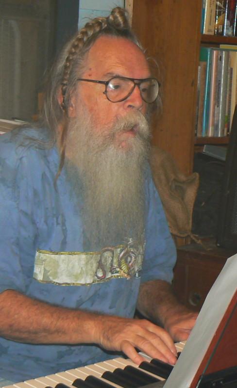 Hairy_Larry.jpg